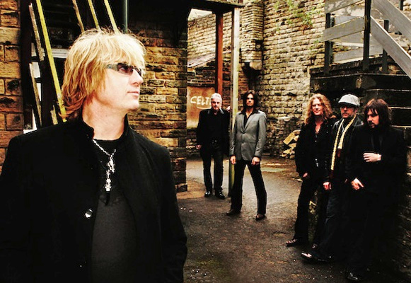 [Joe Elliott's Down 'n' Outz Band Picture]