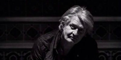 [Tom Cochrane Band Picture]
